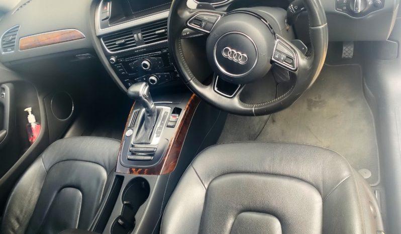 Audi A4 T FSI Sedan full