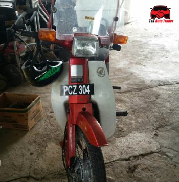 Honda Club motorbike for sale in Trinidad and Tobago